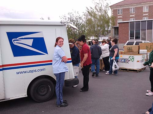 LETTER CARRIERS' FOOD DRIVE